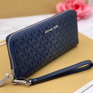 Michael Kors Large Continental Wallet Admiral